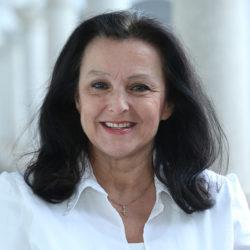 Porträt Eva Fellner