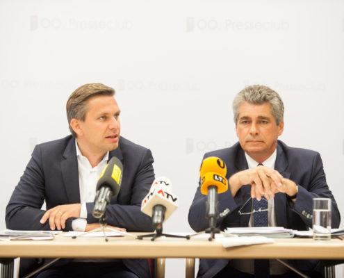 OÖVP-Landesgeschäftsführer Wolfgang Hattmannsdorfer und FPÖ-Klubobmann Herwig Mahr bei der Pressekonferenz