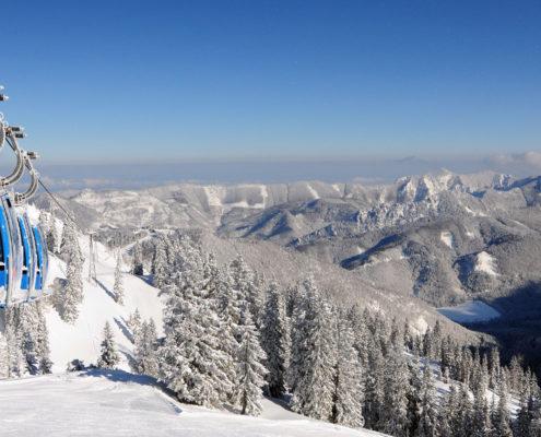 Postkartenwetter am Kasberg in Grünau im Almtal - viel Schnee und Sonne - Fotos aus dem Bilderbuch